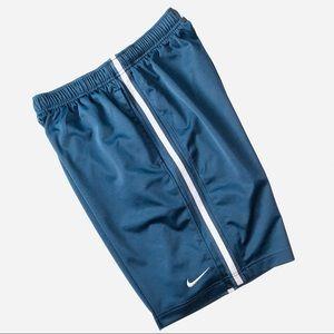 Nike | blue | athletic pull on shorts | medium |